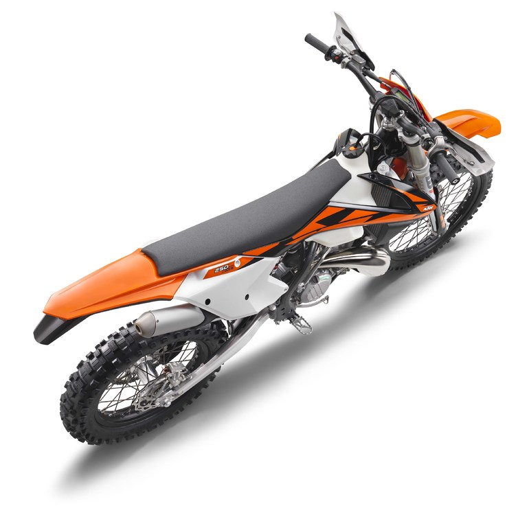 2018-KTM-250-300-EXC-TPI-dirt-bike08.jpg