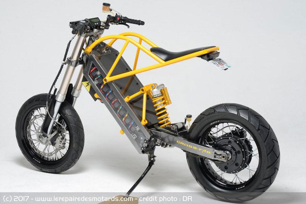 moto-electrique-exodyne-arriere_hd.thumb.jpg.a18481aa84f099e09de6b4ebbce16e1f.jpg