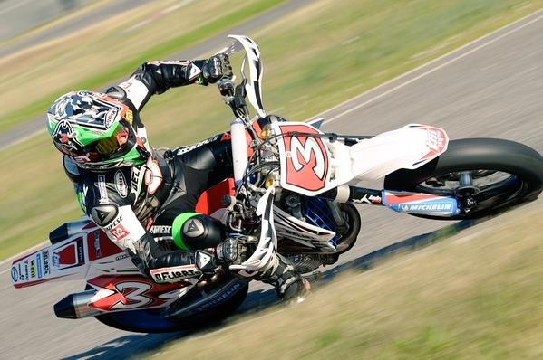 B_max-biaggi-e-il-motard-le-foto_5.jpg